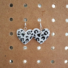 Load image into Gallery viewer, Snow Leopard Print Petite Hearts