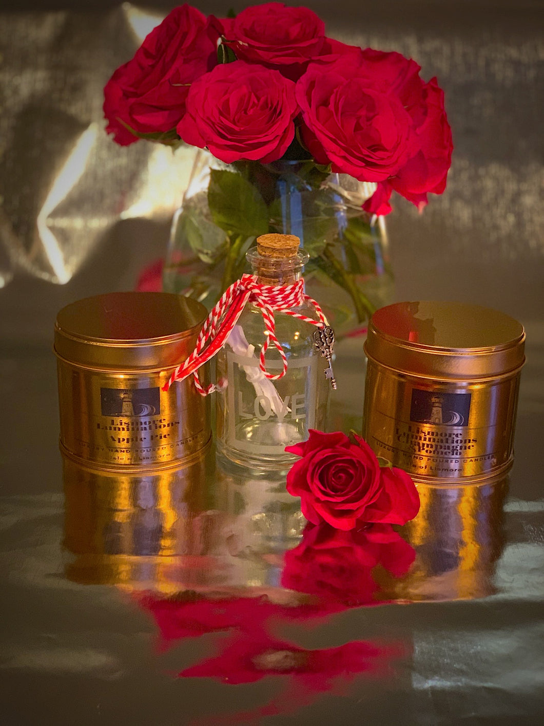 Ultimate Valentines Gift - 2 x candles & glass bottle