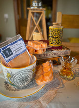 Load image into Gallery viewer, Wax Melts - The Captains Quarters.