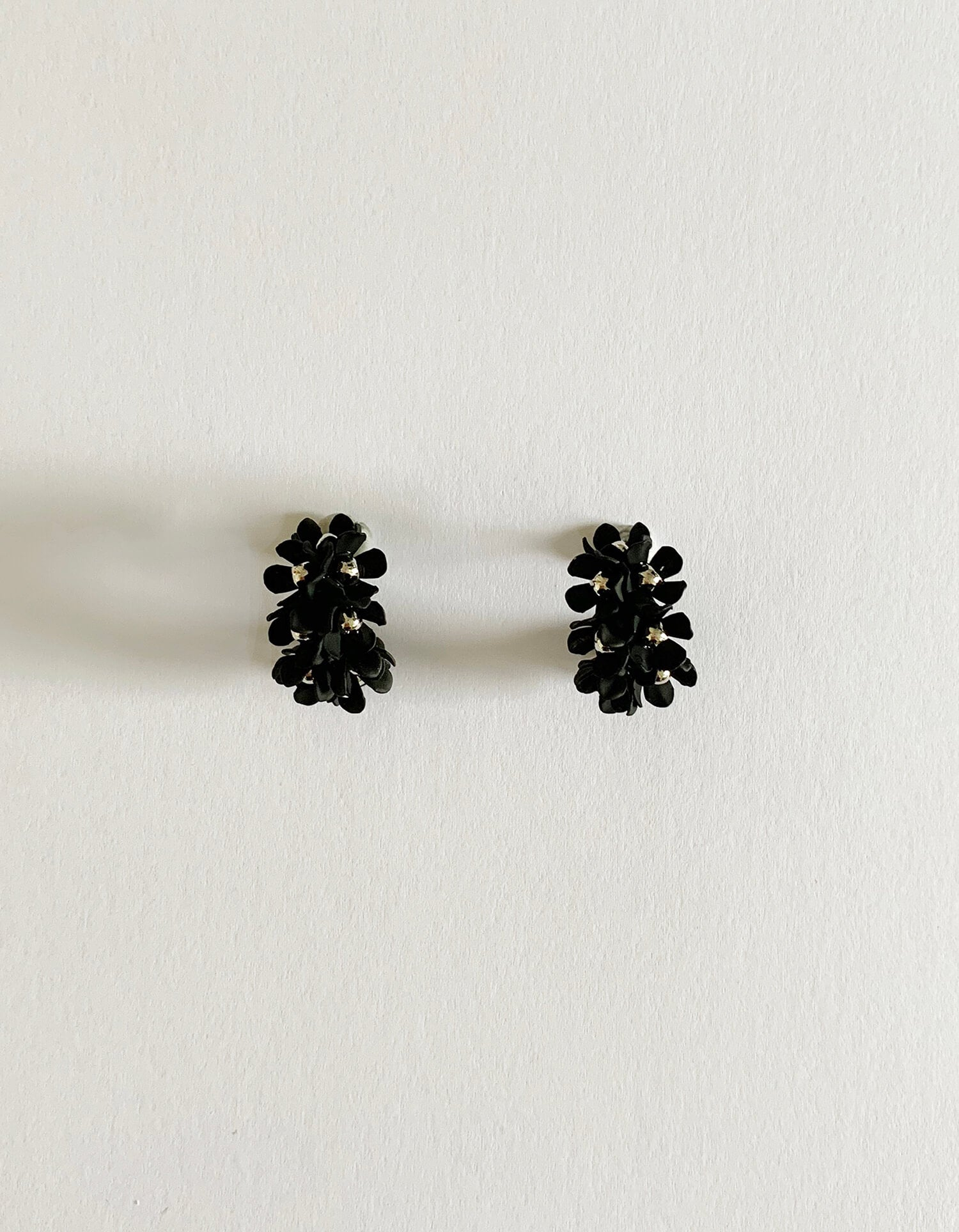Stella & Gemma Black Flower Hoop Earrings