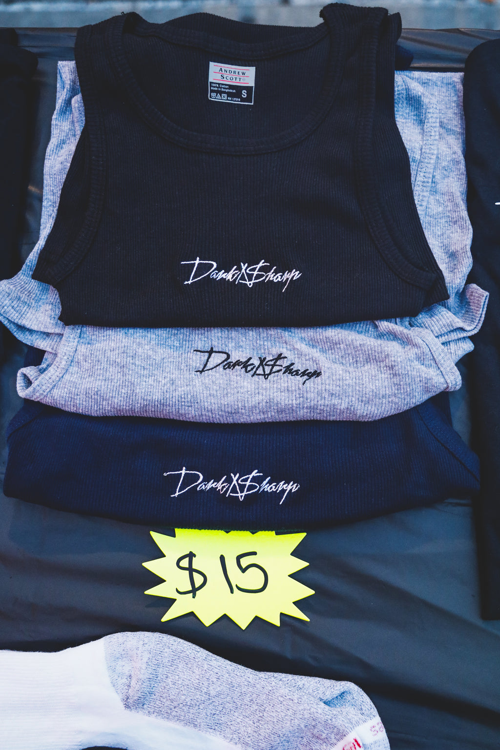 Dark N Sharp Tank Top - Navy