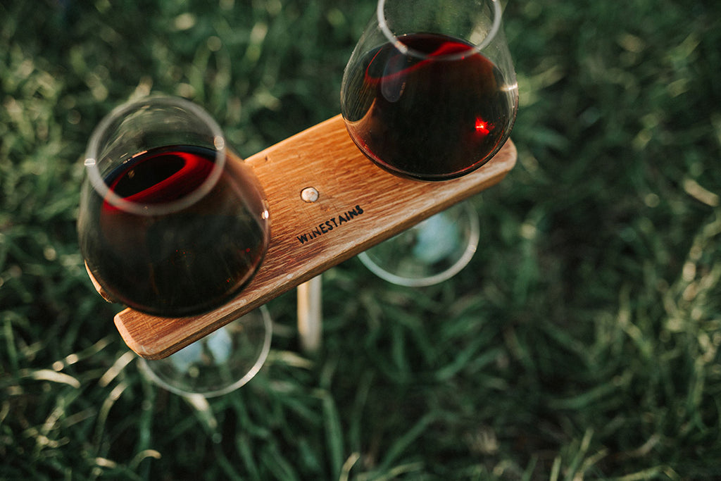 Sustainable wine holder by Winestains
