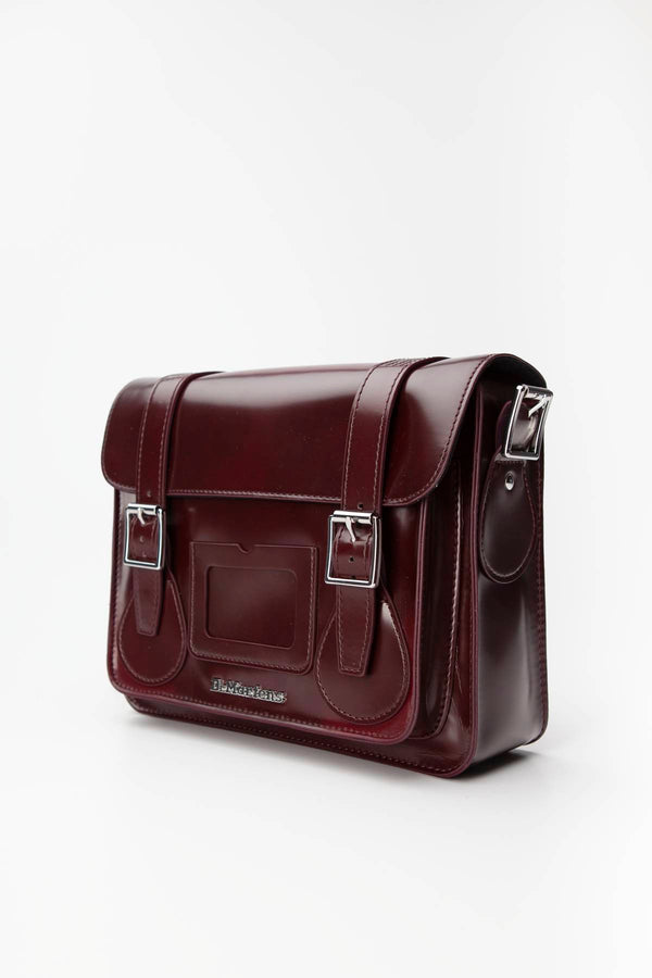 "#00053  Dr.Martens genți și rucsacuri, geantă 11"" VEGAN SATCHEL 601 CHERRY RED CAMBRIDGE BRUSH"