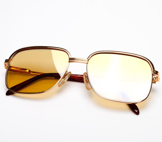 Bentley Set 28 GOLD (Amber Curved Lens) Thumbnail, Bentley, vintage frames, vintage frame, vintage sunglasses, vintage glasses, retro sunglasses, retro glasses, vintage glasses, vintage designer sunglasses, vintage design glasses, eyeglass frames, glasses frames, sunglass frames, sunglass, eyeglass, glasses, lens, jewelry, vintage frames company, vf