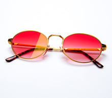 Stash ComplexCon Edition (Red Gradient Thumbnail, VF by Vintage Frames, glasses frames, eyeglasses online, eyeglass frames, mens glasses, womens glasses, buy glasses online, designer eyeglasses, vintage sunglasses, retro sunglasses, vintage glasses, sunglass, eyeglass, glasses, lens, vintage frames company, vf