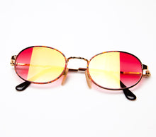 Savage Deluxe (Red Gradient Thumbnail, VF by Vintage Frames, glasses frames, eyeglasses online, eyeglass frames, mens glasses, womens glasses, buy glasses online, designer eyeglasses, vintage sunglasses, retro sunglasses, vintage glasses, sunglass, eyeglass, glasses, lens, vintage frames company, vf