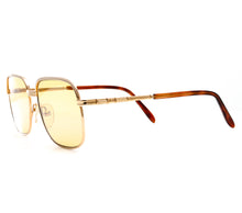 Bentley Set 28 GOLD (Amber Curved Lens) Side