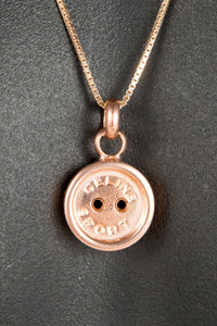 Vintage Celine CLE-009RG Rose Gold Edition Chain Closeup