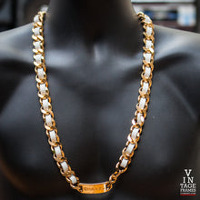 Vintage Chanel CH151 Chain Closeup, Chanel