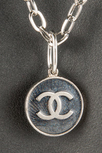 Vintage Chanel CHAN-081 Chain Closeup