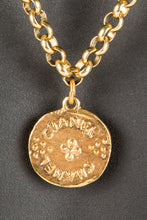 Vintage Chanel CHAN-165 Chain Closeup 2, Chanel