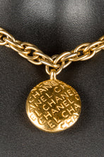 Vintage Chanel CHAN-250 Chain Closeup 2, Chanel