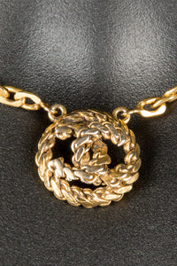 Vintage Chanel CHAN-251 Chain Closeup