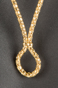 Vintage Givenchy GIV-002 Chain Closeup