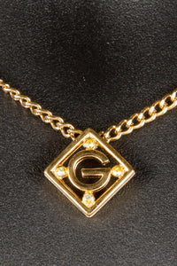 Vintage Givenchy GIV-004 Chain Closeup