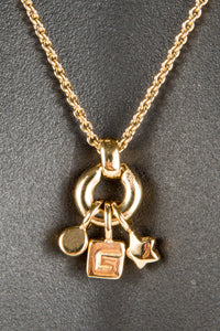 Vintage Givenchy GIV-015 Chain Closeup