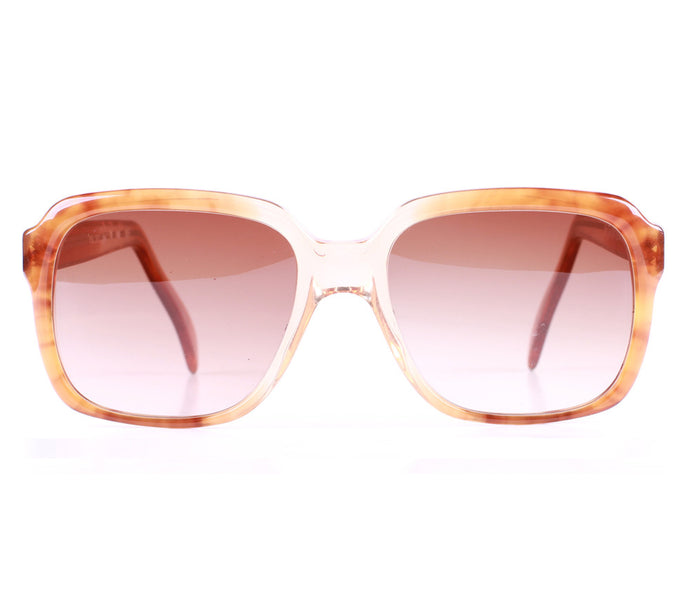 Yves Saint Laurent 267 06 Front