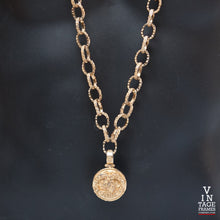 Vintage Chanel CH228 Chain Closeup, Chanel