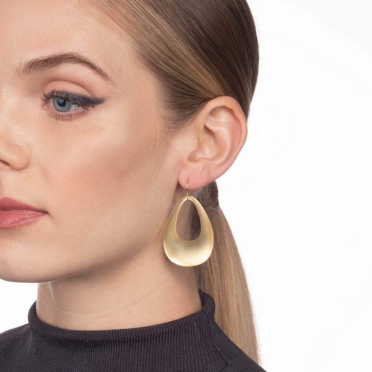 Small Tapered Hoop Earring