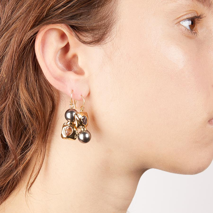 Mismatched Crumpled Wire Earring