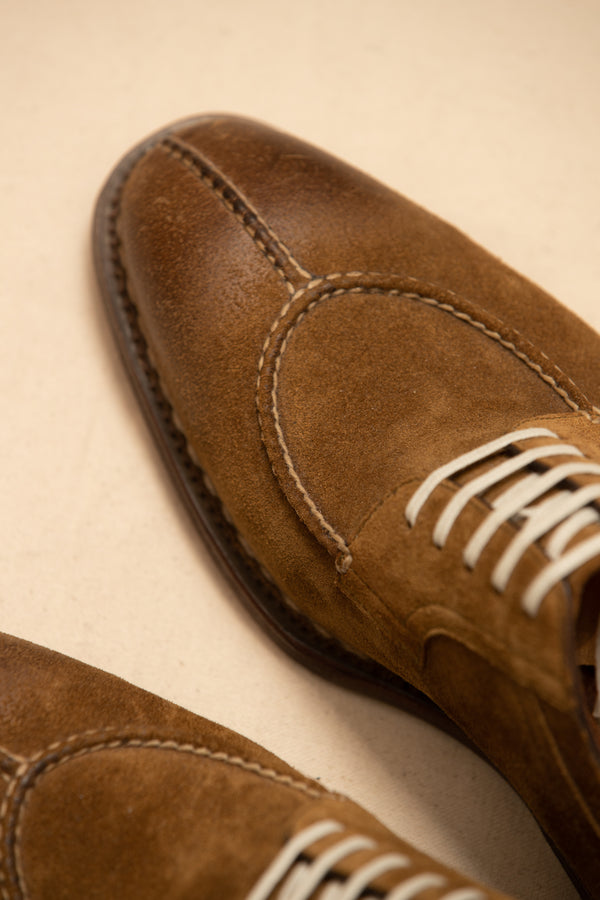Suede Handcrafted Split Toe Shoe