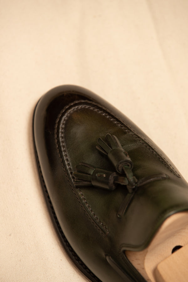 Leather Handcrafted Tassel Loafer