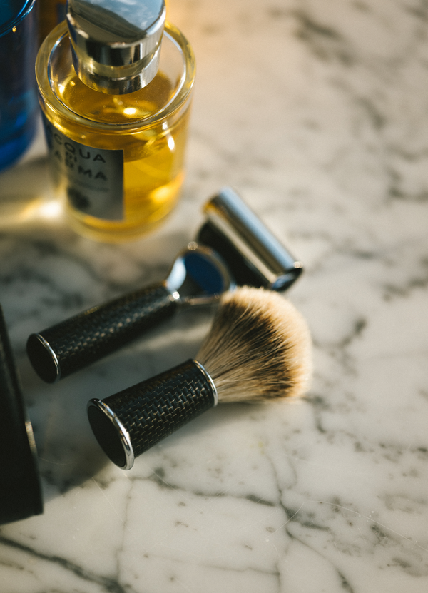 Carbon Fibre Shaving Kit