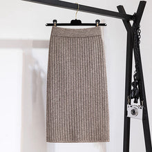 Load image into Gallery viewer, Fashion solid color back slit knit skirt RS002