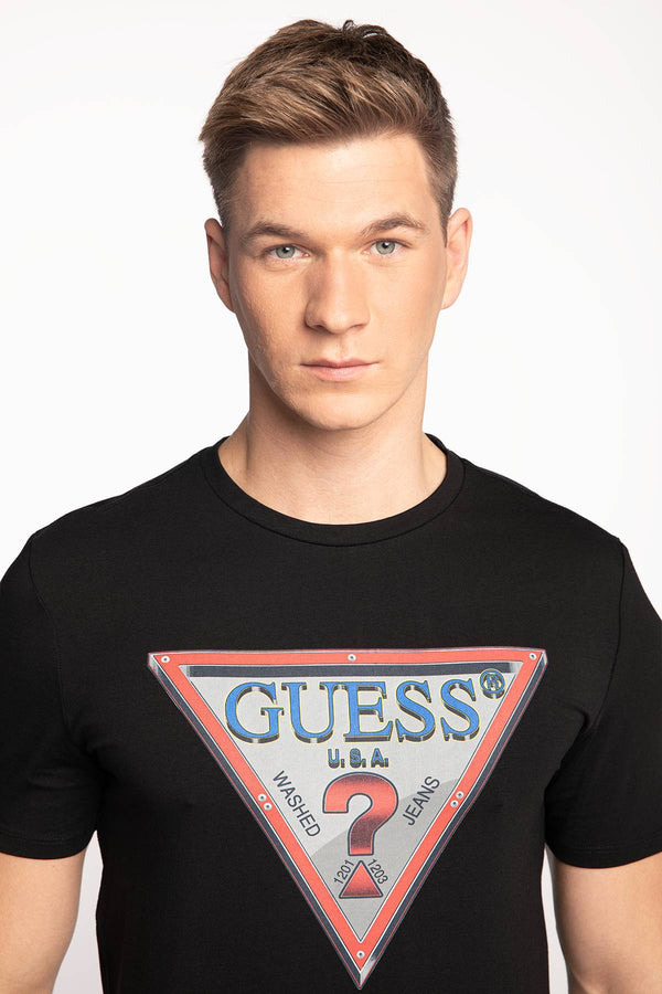 #00025  Guess tričko FOLLOW US CN SS TEE M0BI58J1300-JBLK BLACK