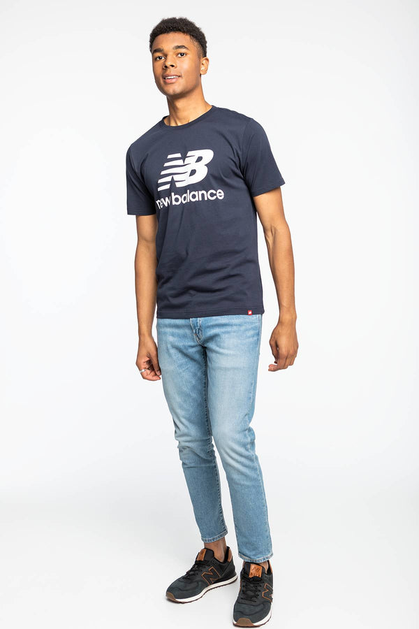 #00013  New Balance tričko ESSENTIALS STACKED LOGO T ECL MT01575ECL NAVY/WHITE