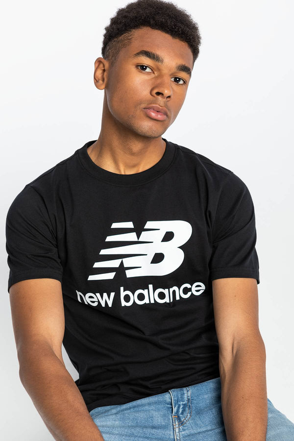 #00012  New Balance tričko ESSENTIALS STACKED LOGO T BK MT01575BK BLACK/WHITE