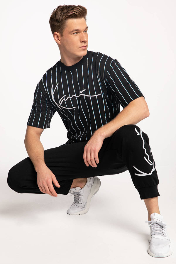 #00006  Karl Kani tričko KK Signature Pinstripe Tee black/white/light blue 6069899 BLACK/WHITE