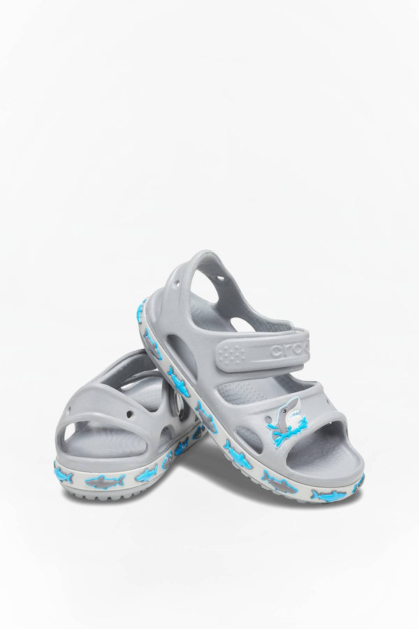#00062  Crocs obuv FUN LAB SHARK BAND SANDAL 007 LIGHT/GREY