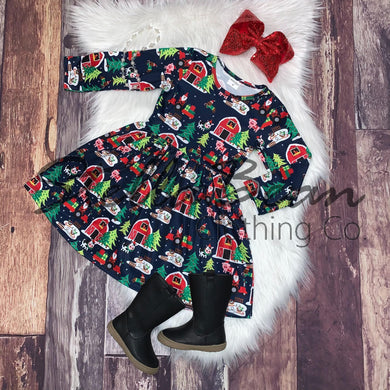 Christmas on the Farm Printed Long Sleeve Dress