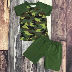 Camo Raglan & Green Shorts Set