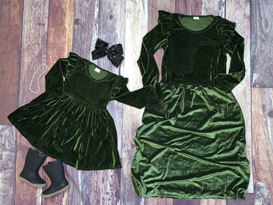 Mommy & Me Velvet Flutter Sleeve Dresses - Green