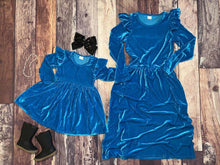 Load image into Gallery viewer, Mommy & Me Velvet Flutter Sleeve Dresses - Turquoise