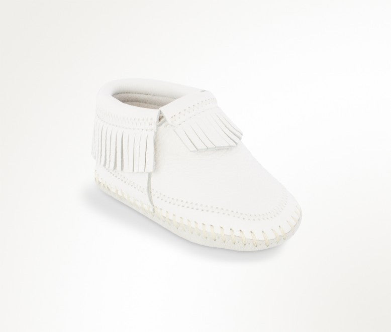 Minnetonka Infants Deerskin Riley Baby Bootie White