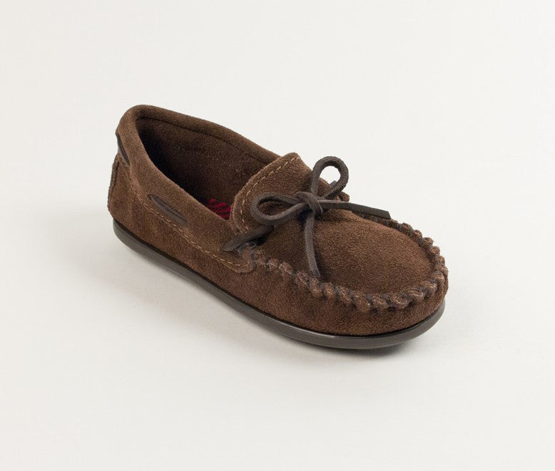 Minnetonka Kids Boys Moc in Chocolate