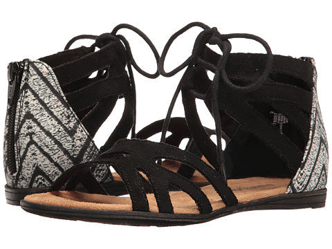 Minnetonka Kids Meri Lace Sandal in Black