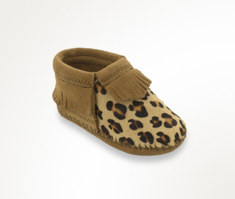 Minnetonka Infant Riley Baby Bootie in Leopard