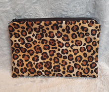 Load image into Gallery viewer, Leopard Print Make Up Pouch