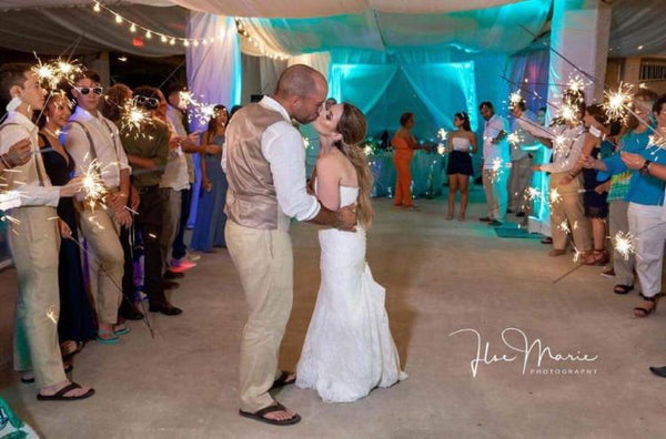 first dance sparklers for your wedding