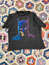 Load image into Gallery viewer, 1989 Batman Shirt Size M/L