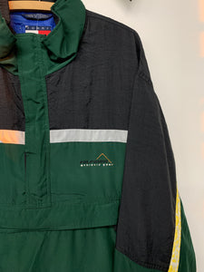 Tommy Hilfiger Outdoors pull over size XL