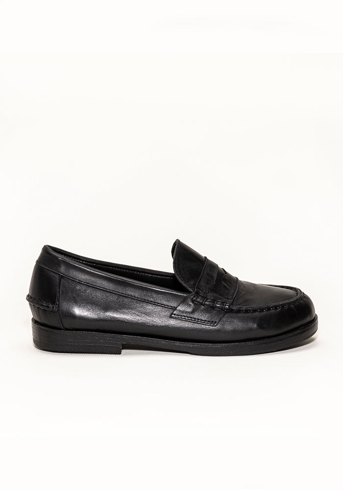 Unisex Leather Loafer