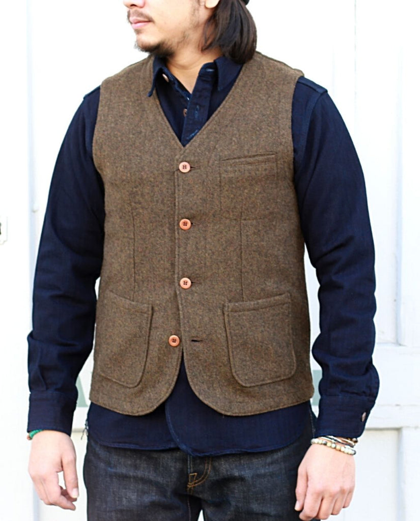 04-056 MELTON VEST brown