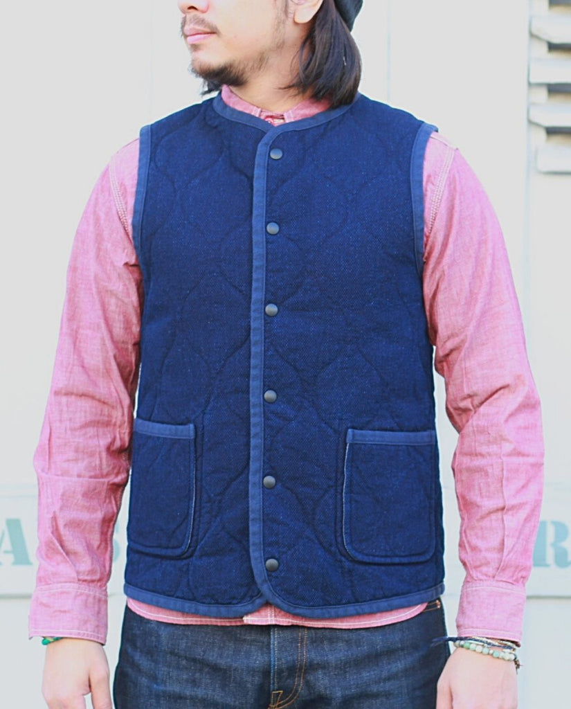 04-047 DOBBY / QUILTING REVERSIBLE VEST blue