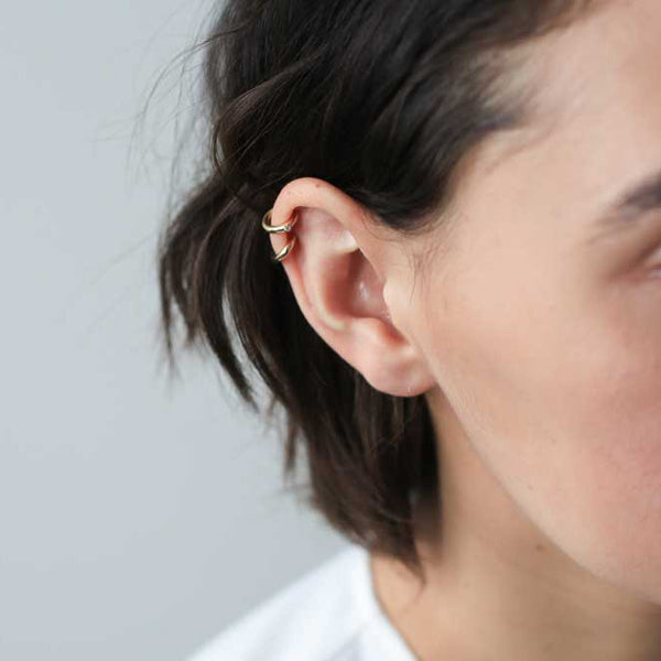 Classic Ear Cuff - simple gold ear cuff that goes with everything - Maison Miru Jewelry (@maisonmiru)