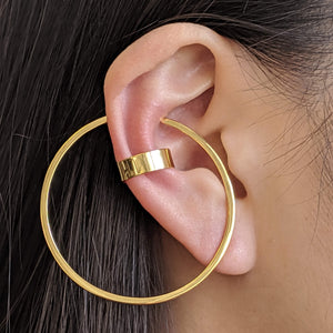 Large Illusion Hoops on model